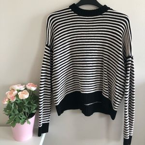 Forever 21 Cropped Sweater - Size S